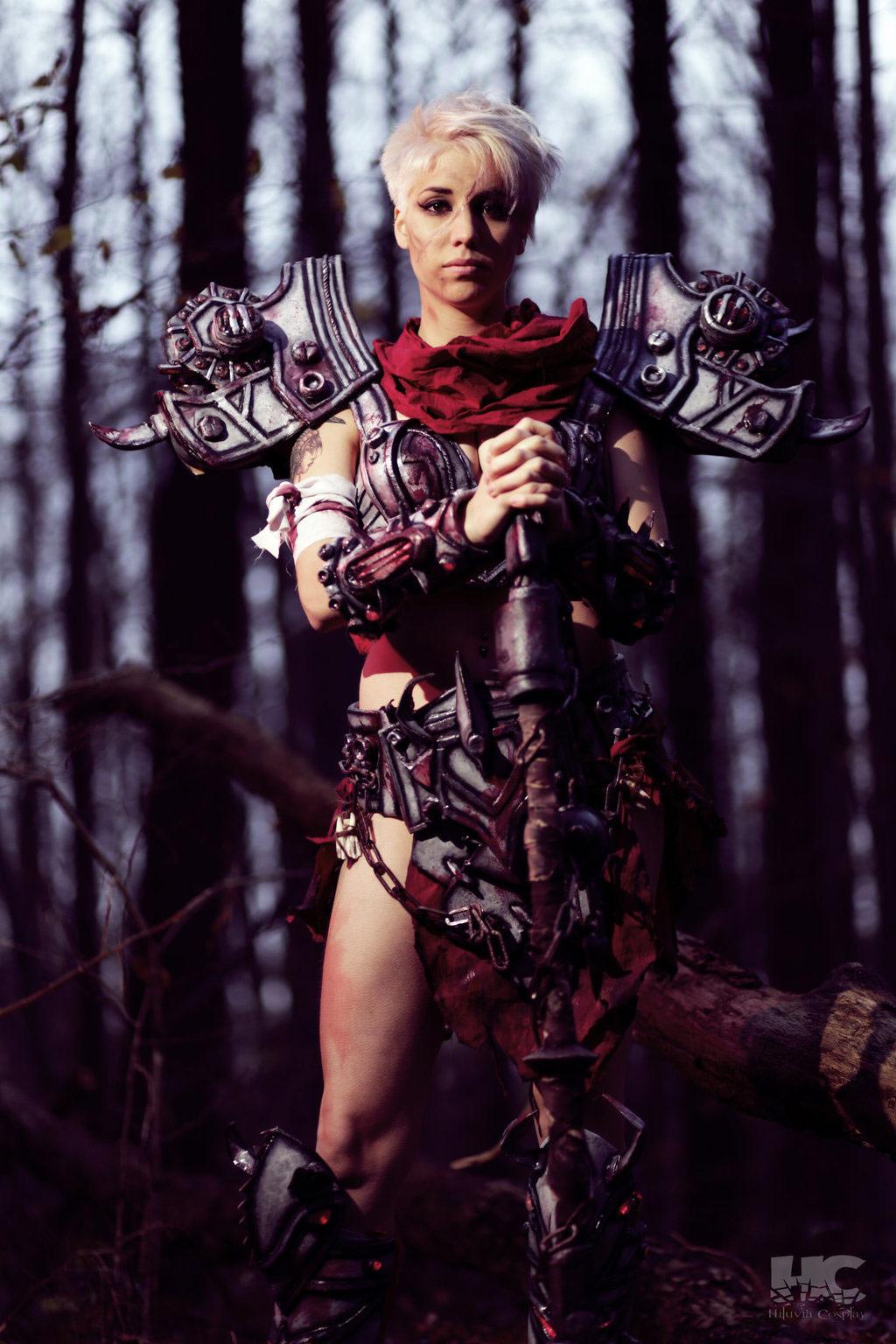 Cosplay d'une Guerrière T17 Mythique par Hiluvia Cosplay.